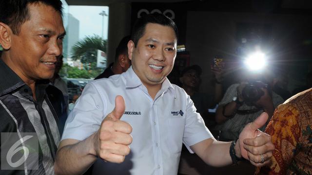 060958100_1458207979-20160317-Hary-Tanoe-Penuhi-Panggilan-Kejaksaan-Agung-Jakarta-HA3
