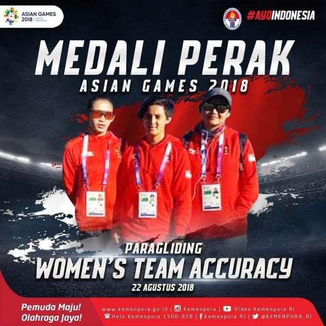 Paragliding Nomor Women's Team Accuracy yang mendapatkan medali perak. Terima kasih Lis Andriana, Rika Wijayanti, dan Ike Ayu Wulandari.