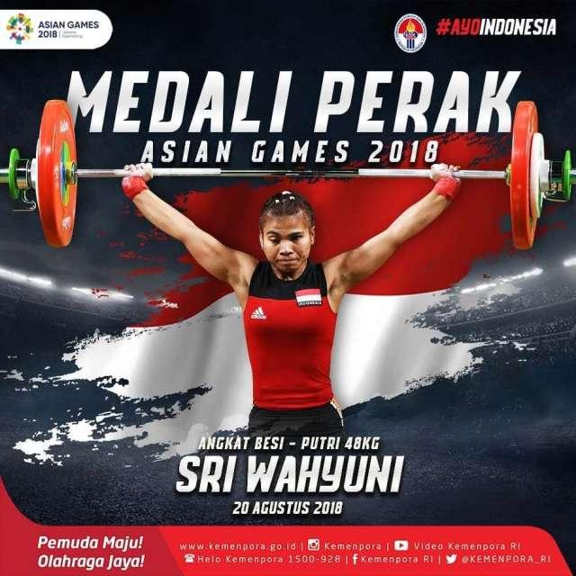 Sri Wahyuni berhasil mendapatkan medali perak dari cabang angkat besi nomor putri 48kg